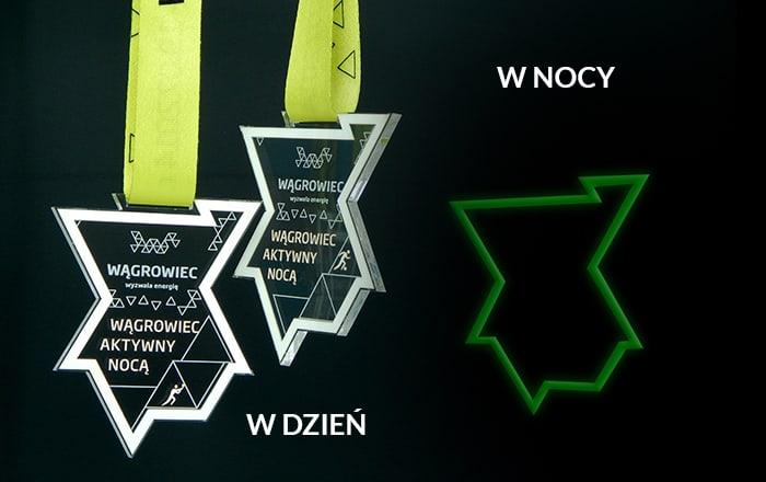 Efektowne medale świecące w ciemności
