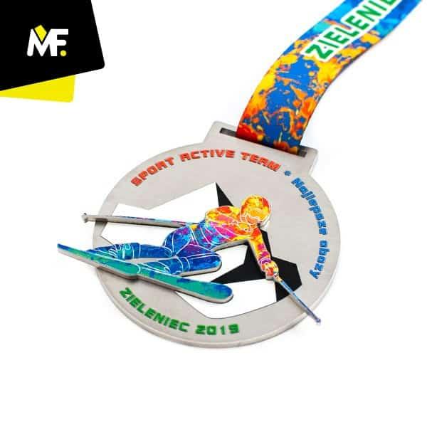 Kolorowy medal dlanarciarza, produkcja Modern Forms