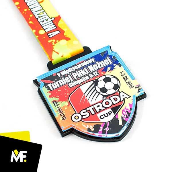 Kolorowy medal piłka nożna, produkcja Modern Forms