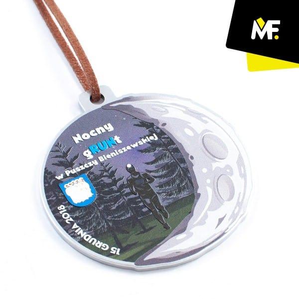Medal nanocne zawody biegowe