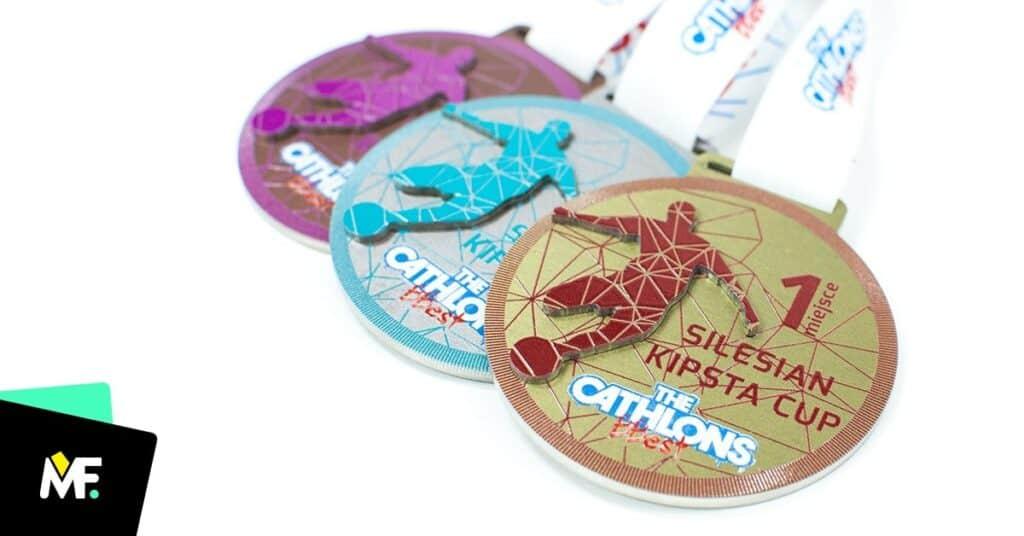 medale dlazespołów piłkarskich