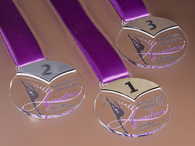 Kolorowe medale dladzieci nazamówienie